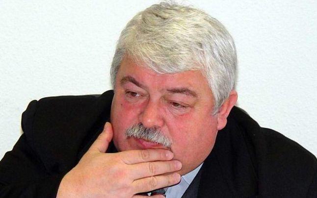 Cum i-o sugeau sefii Politiei din Petrosani teroristului Miron Cozma