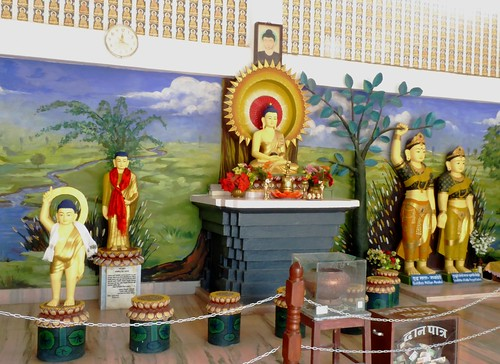 n-lumbini-est-religieuse (2)