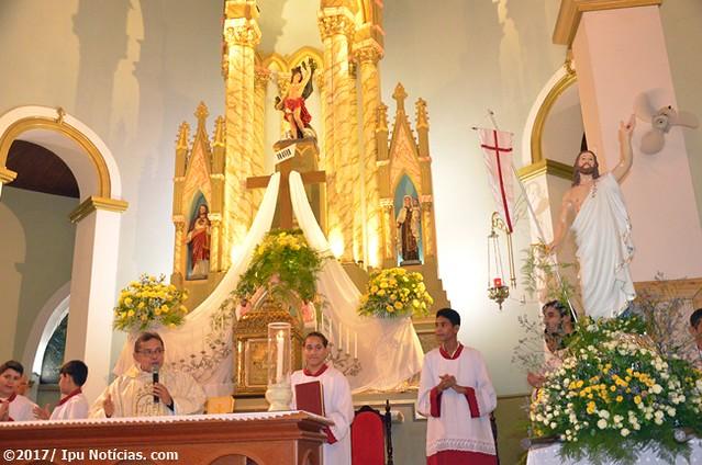 Sábado de Aleluia e missa de Páscoa
