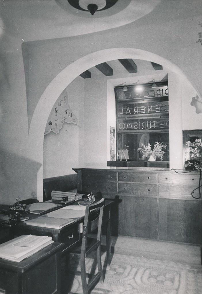 Oficina de informaci n de la direcci n general de turismo flickr - Oficina de turismo zaragoza ...