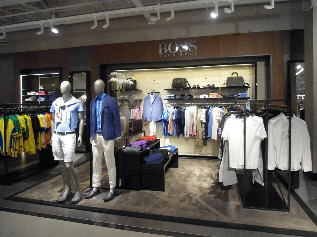 Bloomingdales Hugo Boss Shop In Glendale Ca