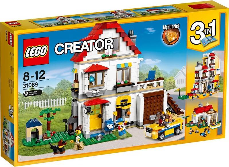 LEGO Creator Estate 2017 - Modular Family Villa (31069)