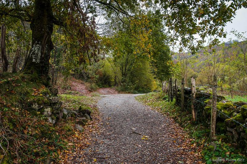 Por el sendero de la Cascada de Xorroxin
