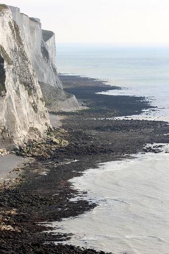 A walk back home along the cliffs