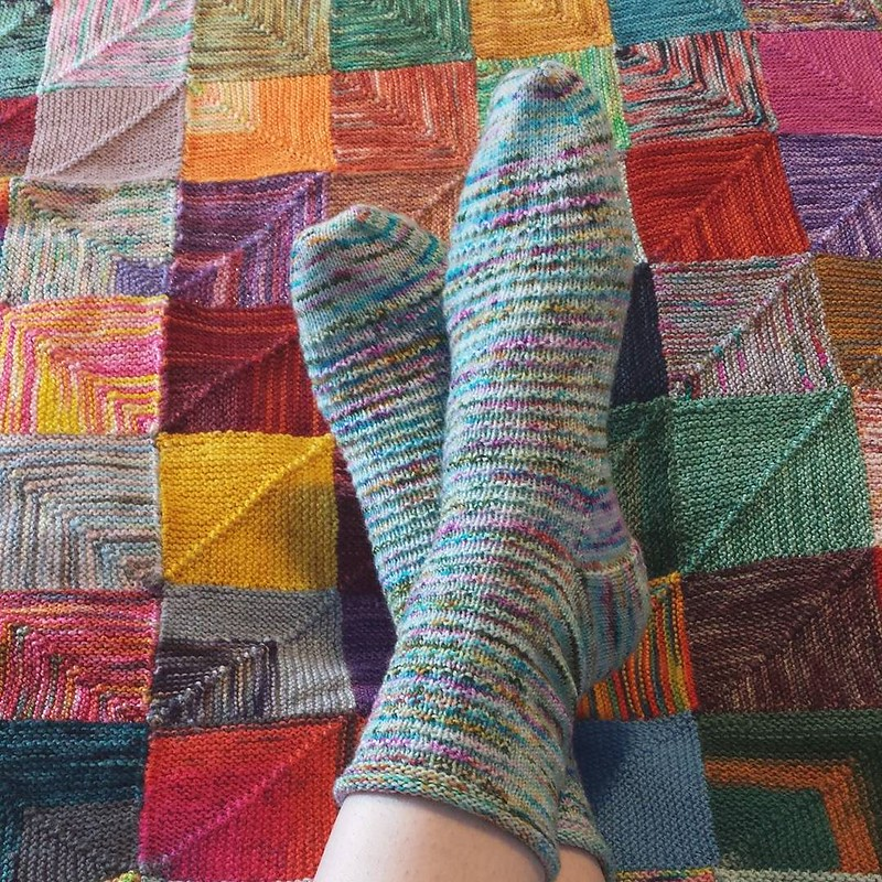 finished my socks! I love this yarn by @yarnink 💕 I'll definitely be buying more again! Leftovers about to go into my blanket. Pattern is Pebbles by @knittingexpat #knittersofinstagram #sockknittersofinstagram #socktawk #craftastherapy #yarnink