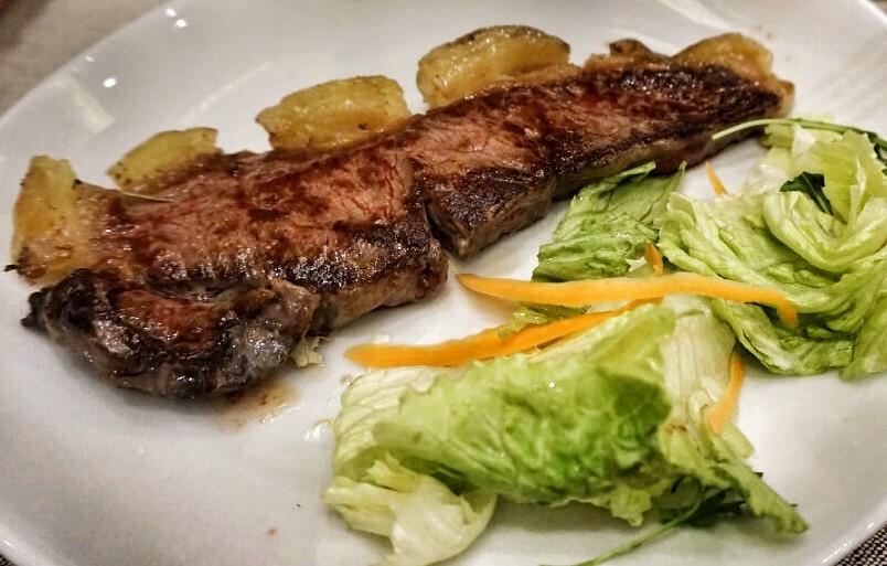 Bistecca. Ja huom. salaatti :-)