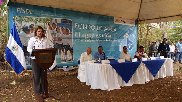 Inauguración de sistema de agua potable en San José Guayabal