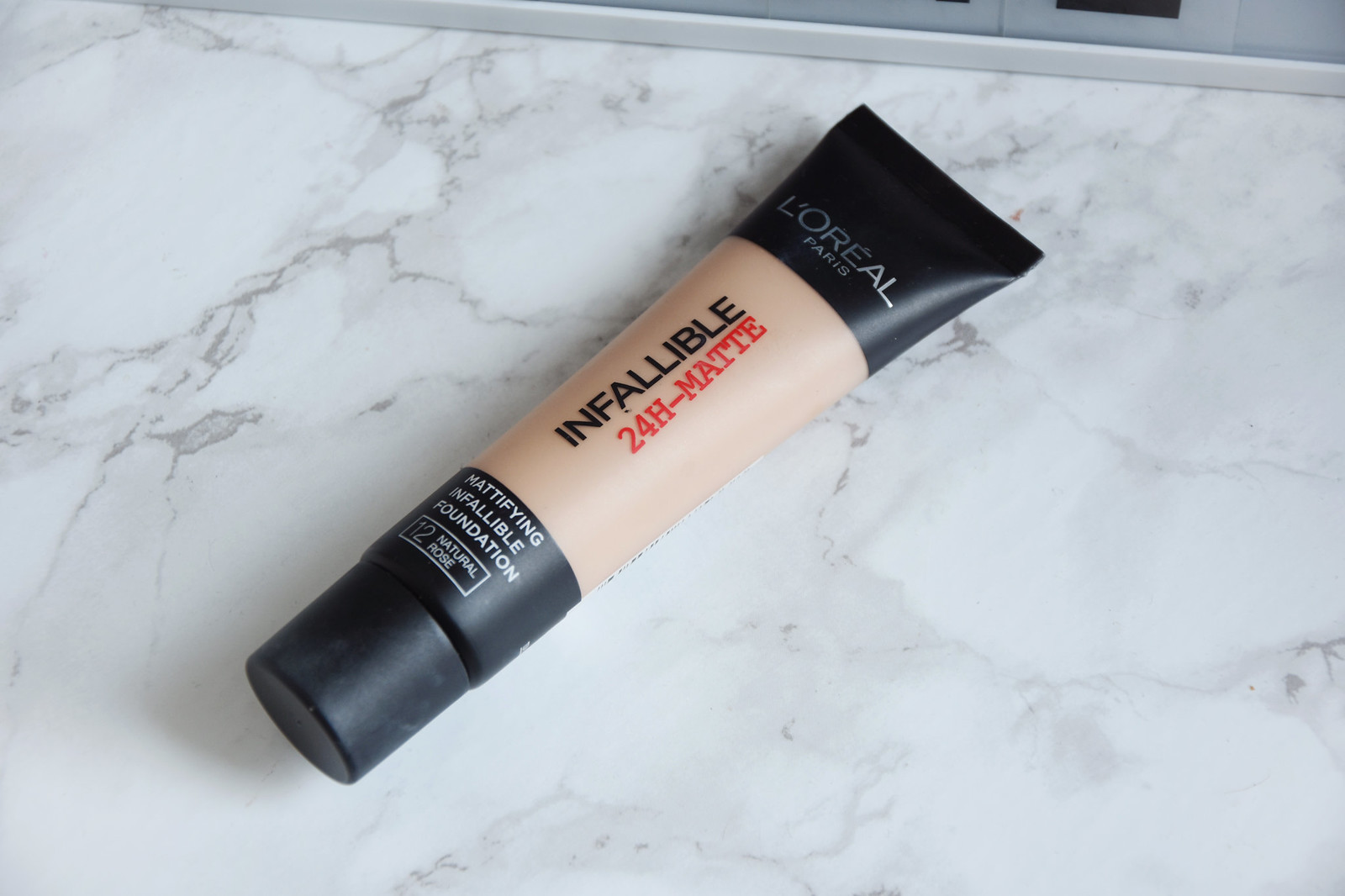 L'Oreal Infallible mattifying foundation review