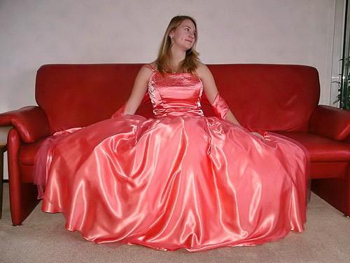 Satin Super Skirt Lovely Cindy Shows The Full Beauty Her