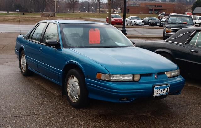 1995 Oldsmobile Cutlass Supreme 4-door