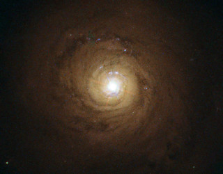 Supermassive black hole at the heart of NGC 5548 | by Hubble Space Telescope / ESA