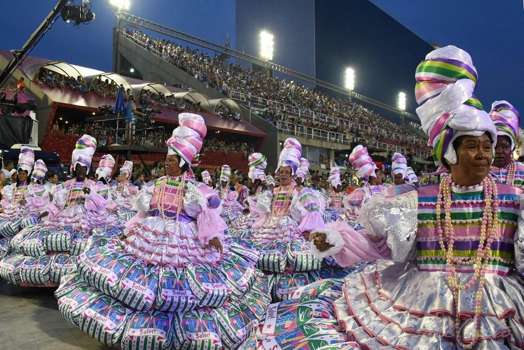 Mangueira carnaval 2017, desfile de segunda feira