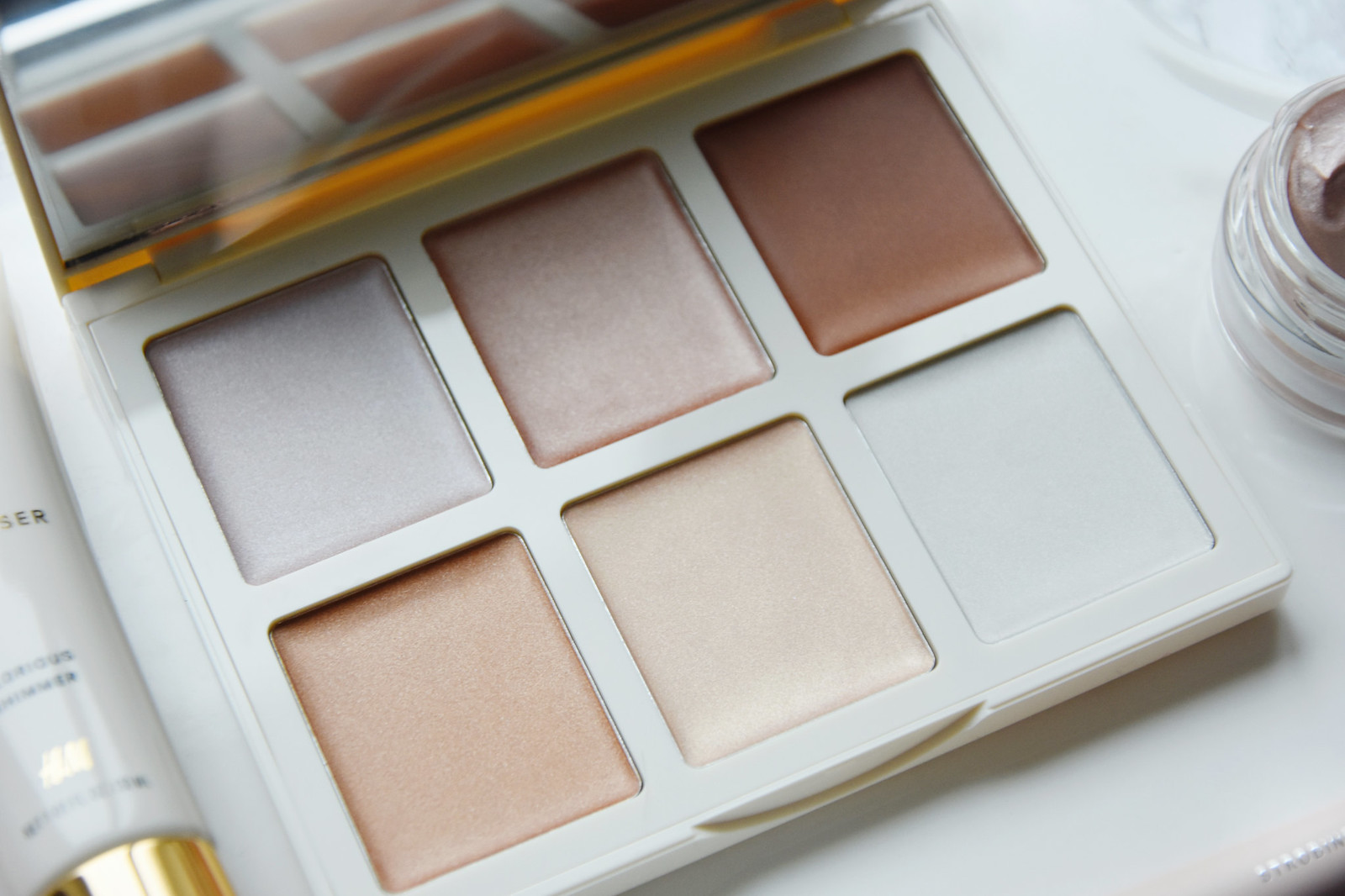 H&M Strobing palette review