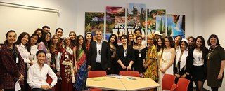 Students from Carthage hannibal High School visit the Embassy