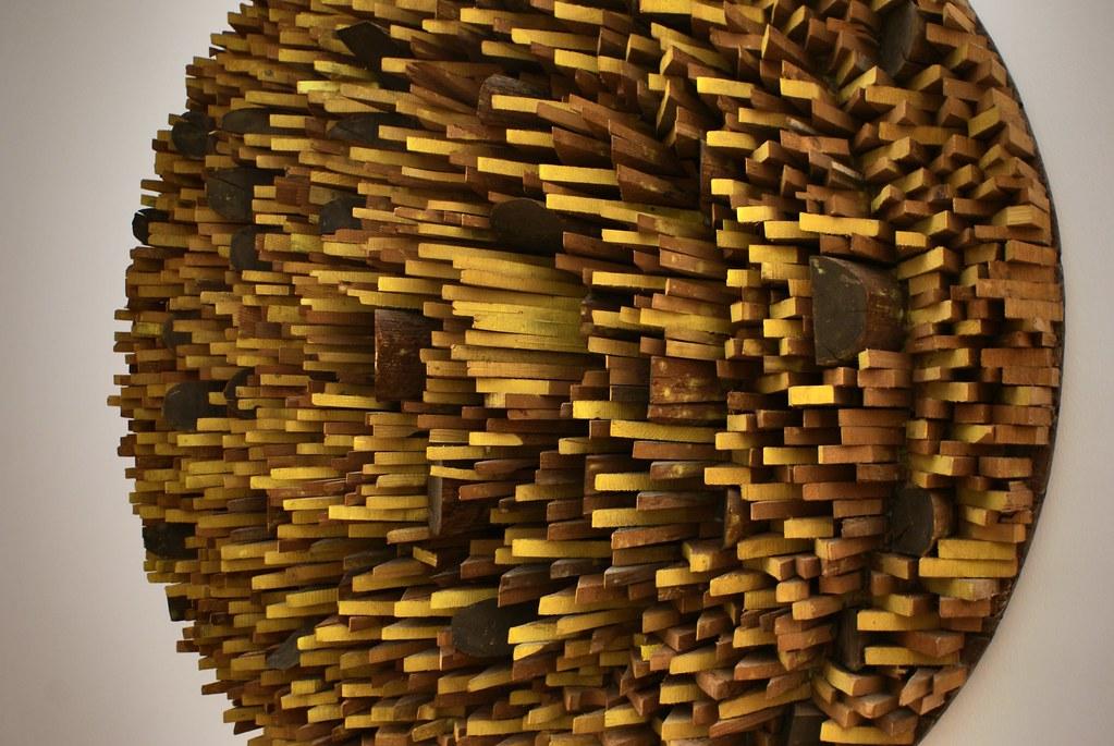 "Mario Ceroli ""Girasole"" (1975) au musée d'art moderne Mambo à Bologne."