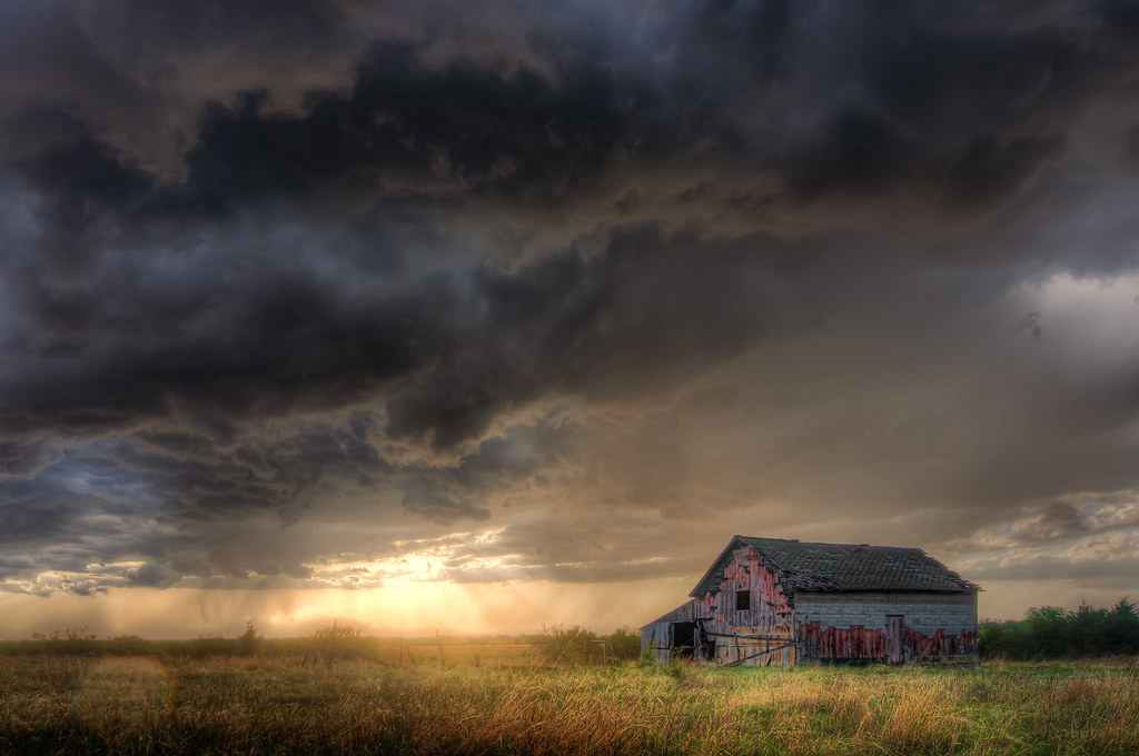 Approaching Storm A Storm Approaches A Weathered Barn In