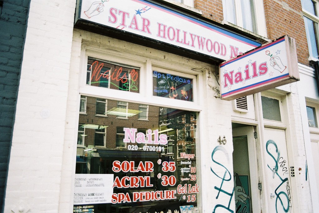 Star Hollywood Nails