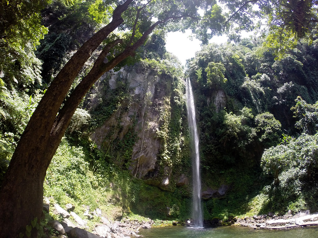 Katibawasan Falls (1)