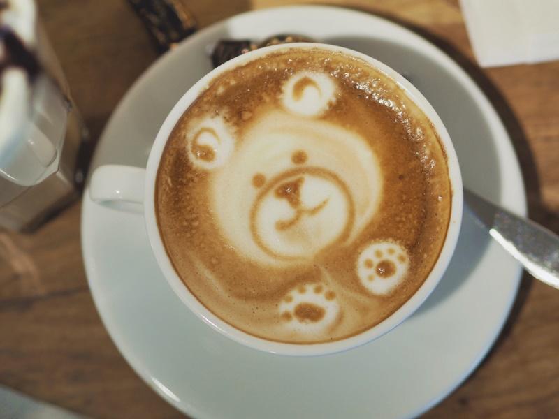 houkutus-kuopio-nalle-cappuccino