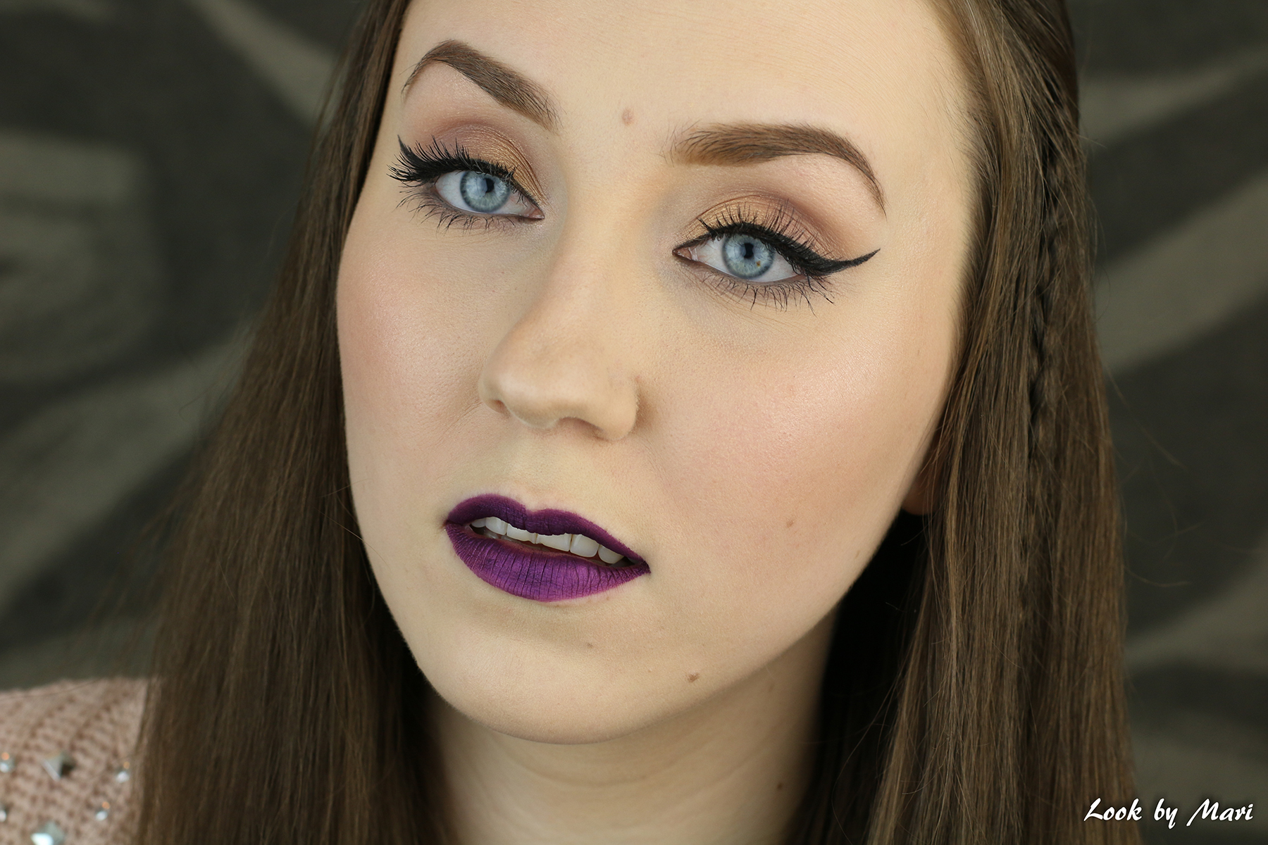1 golden gold natural soft eye makeup lilac lips tutorial makeup look ideas inspo l.a. girl metal liquid lipstick