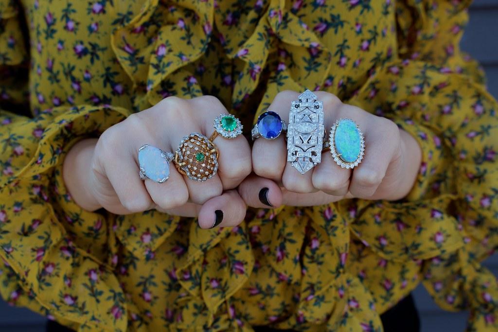 Leslie Hindman | Gem Gossip