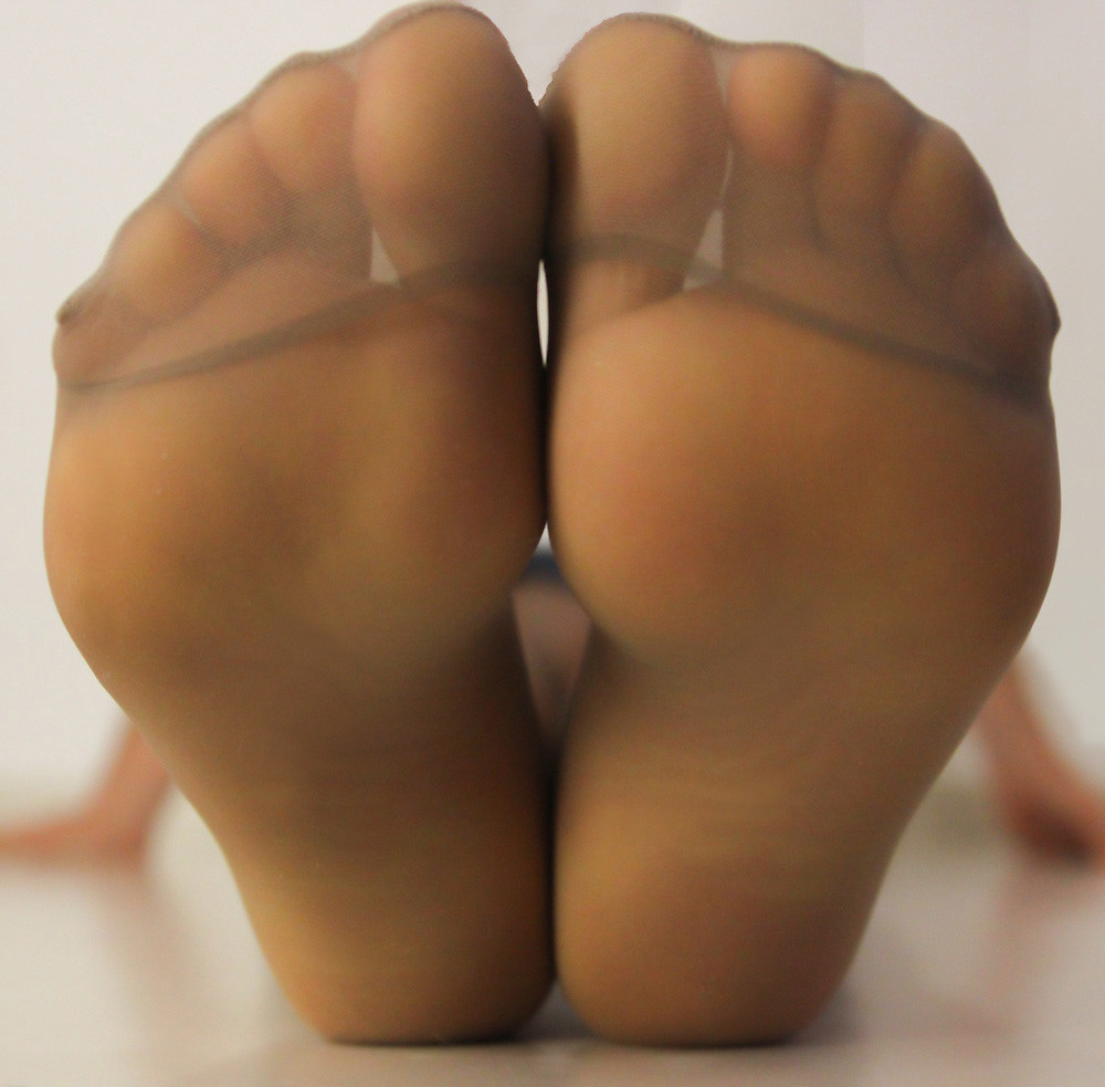 Reinforced toe pantyhose foot