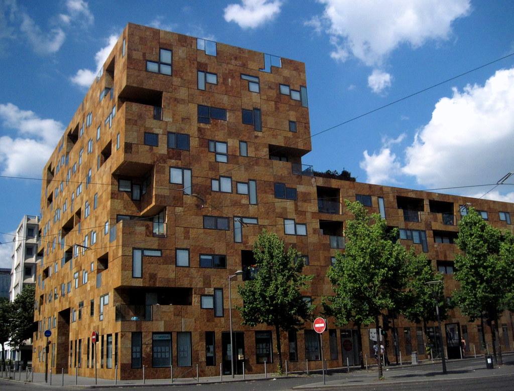 Square pey berland a stunning modern building in bordea - Petuaud letang ...