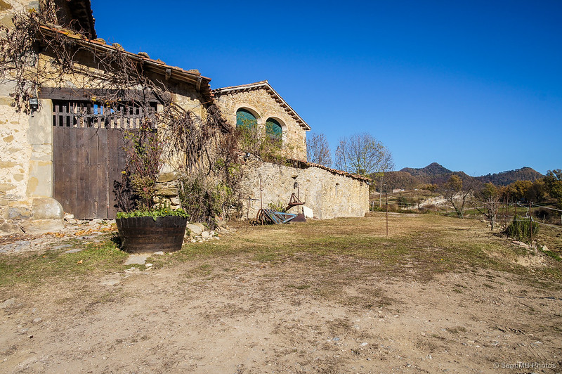 Una de las edificaciones de la Cabanya del Mir.