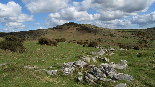 Sharp Tor (Yartor Down)
