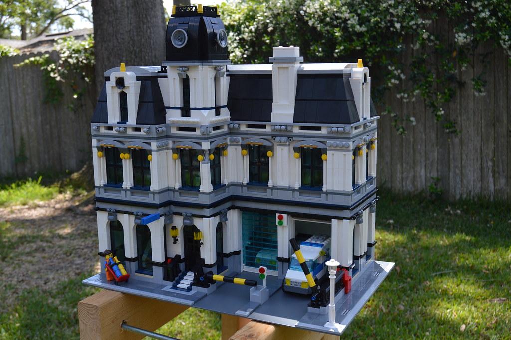 Lego Police Station 7744 Building Instructions