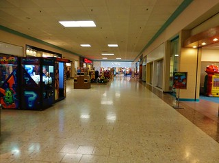 Outlet Food Court