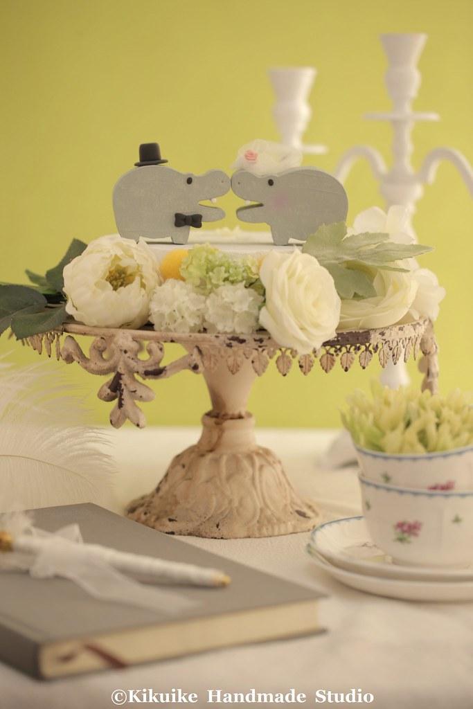 Hippo wedding cake topper - Unique Custom Wedding Cake Top… | Flickr