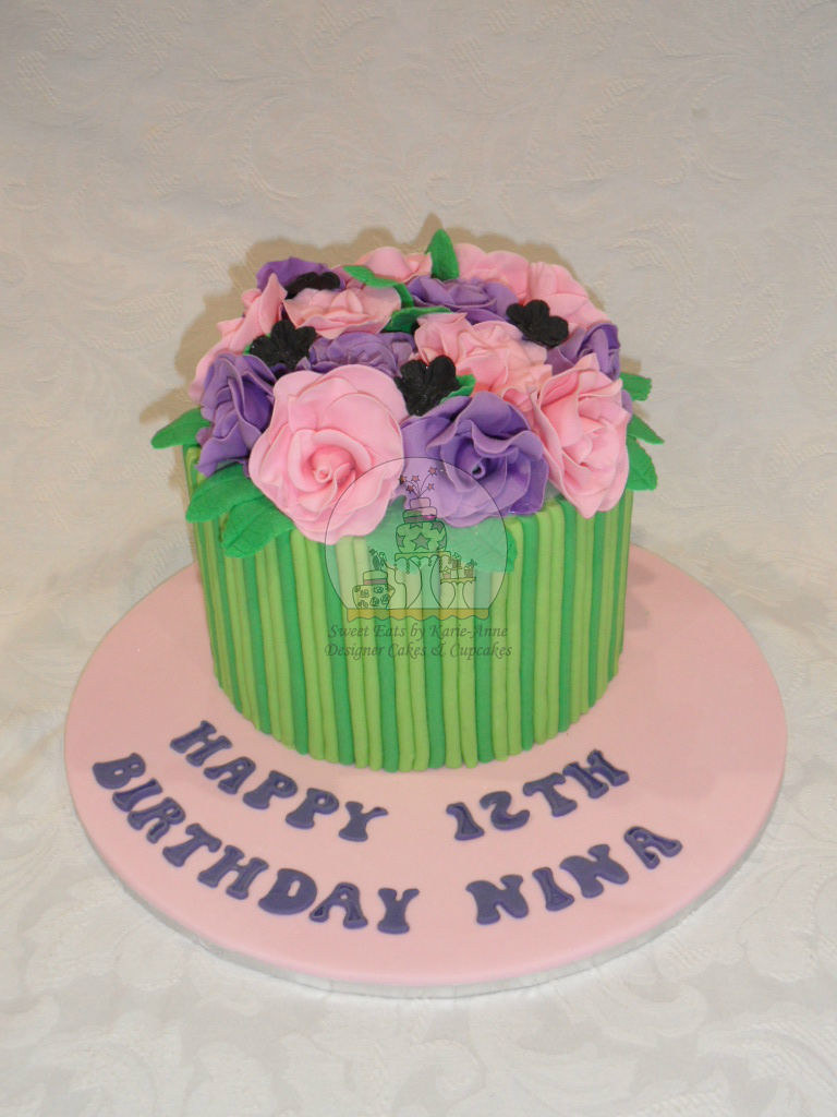 Bouquet of flowers 2 cake copy birthday girl nina wanted flickr bouquet of flowers 2 cake copy by sweet eats by karie anne izmirmasajfo