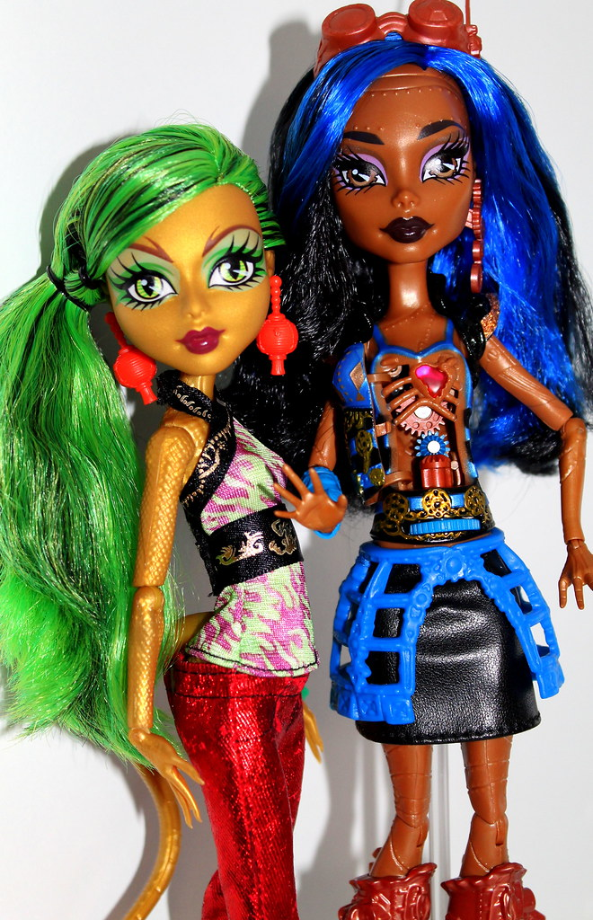 Monster high robecca steam ghouls alive jinafire long flickr - Monster high robecca steam ...