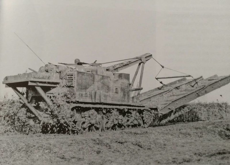 M31-TRV-bridgelayer-2AD-17AEB-near-beggendorf-19441116-yp-1