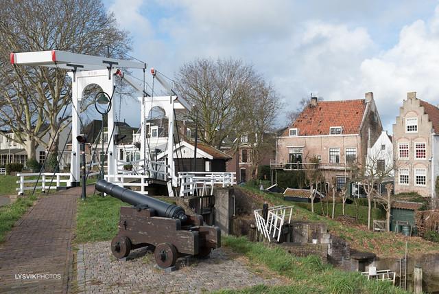 Ophaalbrug met kanon in Schoonhoven
