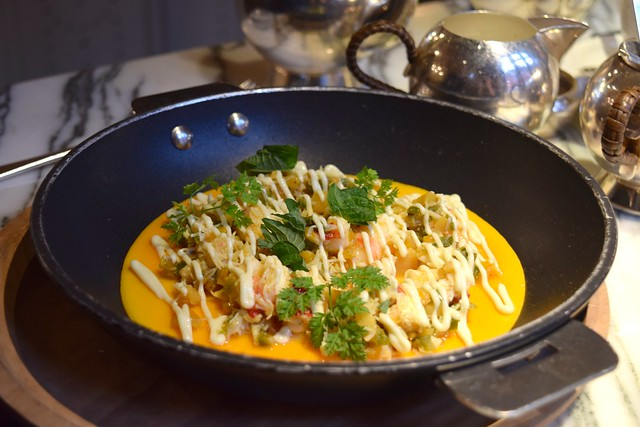 Crab & Lobster Omelette at The Chiltern Firehouse | www.rachelphipps.com @rachelphipps