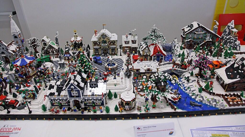 Old Fashioned Ceramic Christmas Village