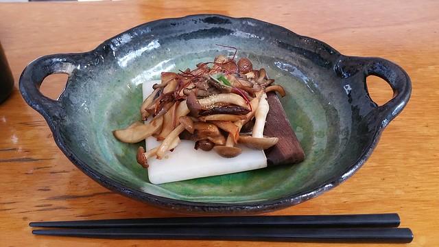 2017-Apr-21 Kishimoto - sauteed mushrooms