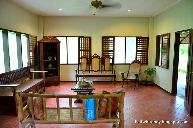 halfwhiteboy - the farmhouse in aloguinsan cebu 05