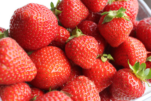 Strawberries / Erdbeeren II | by manoftaste.de