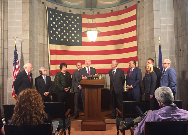 Gov. Ricketts Signs Unemployment Benefits Reform