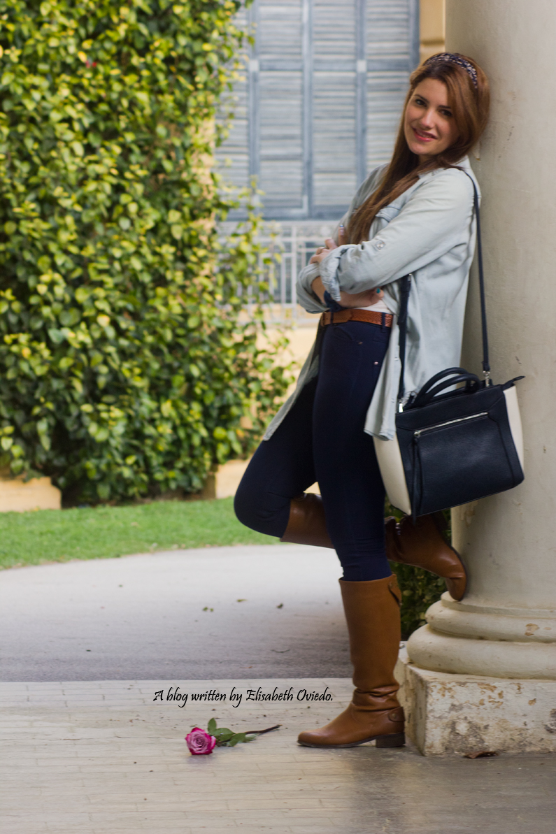 jeans look primavera heelsandroses botas marrones bolso grande (5)