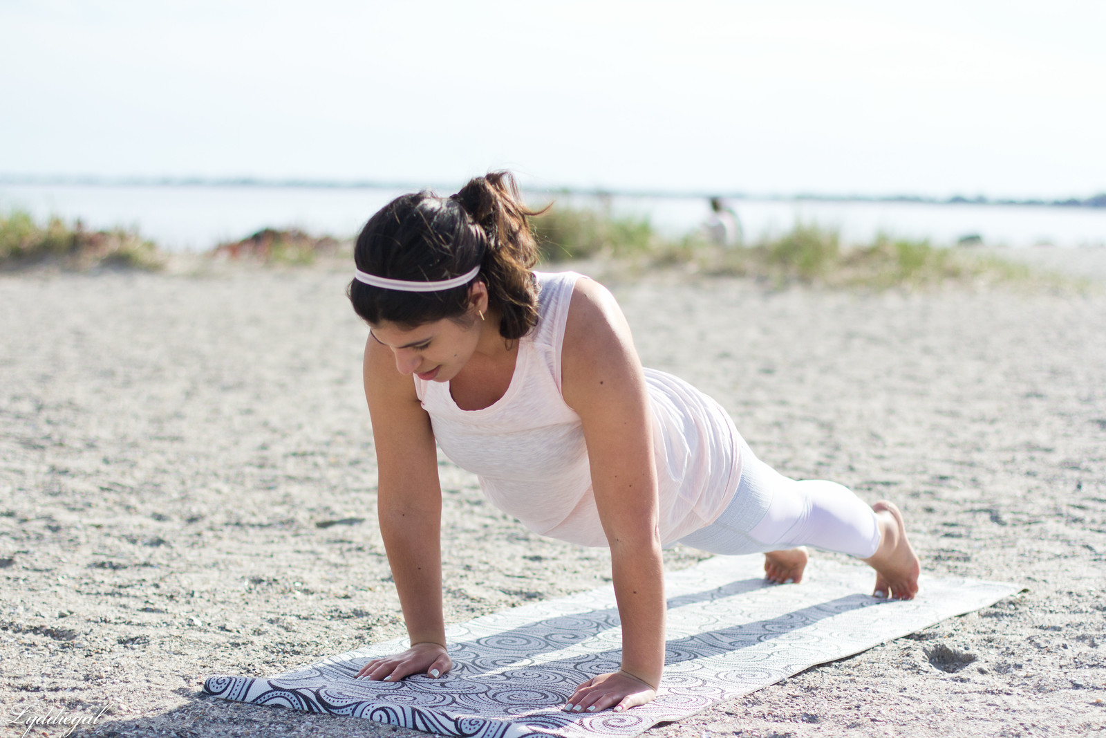 working out with Athleta in Chaturanga capris and blush linen tee-14.jpg