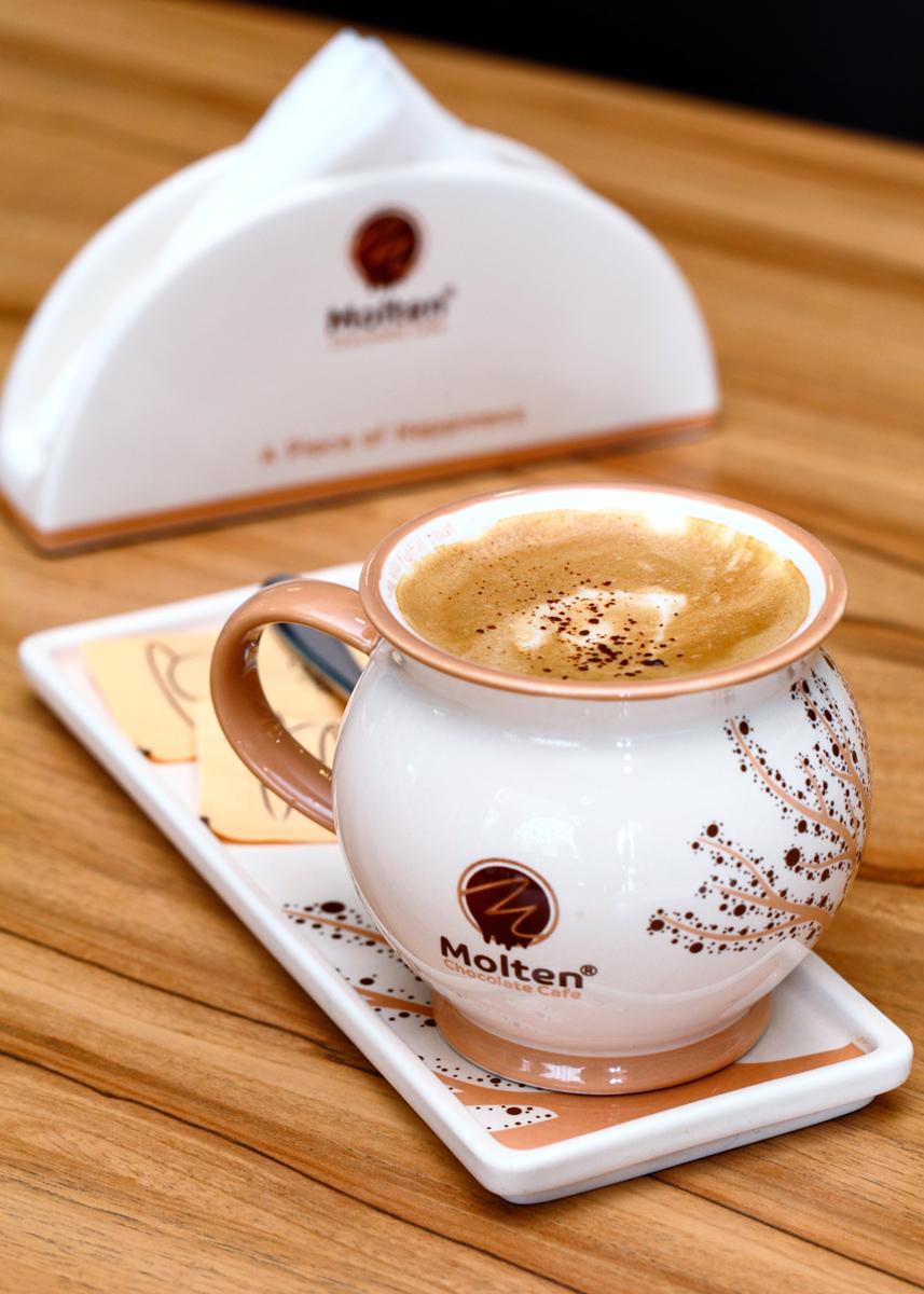 Molten Flat White Cappuccino