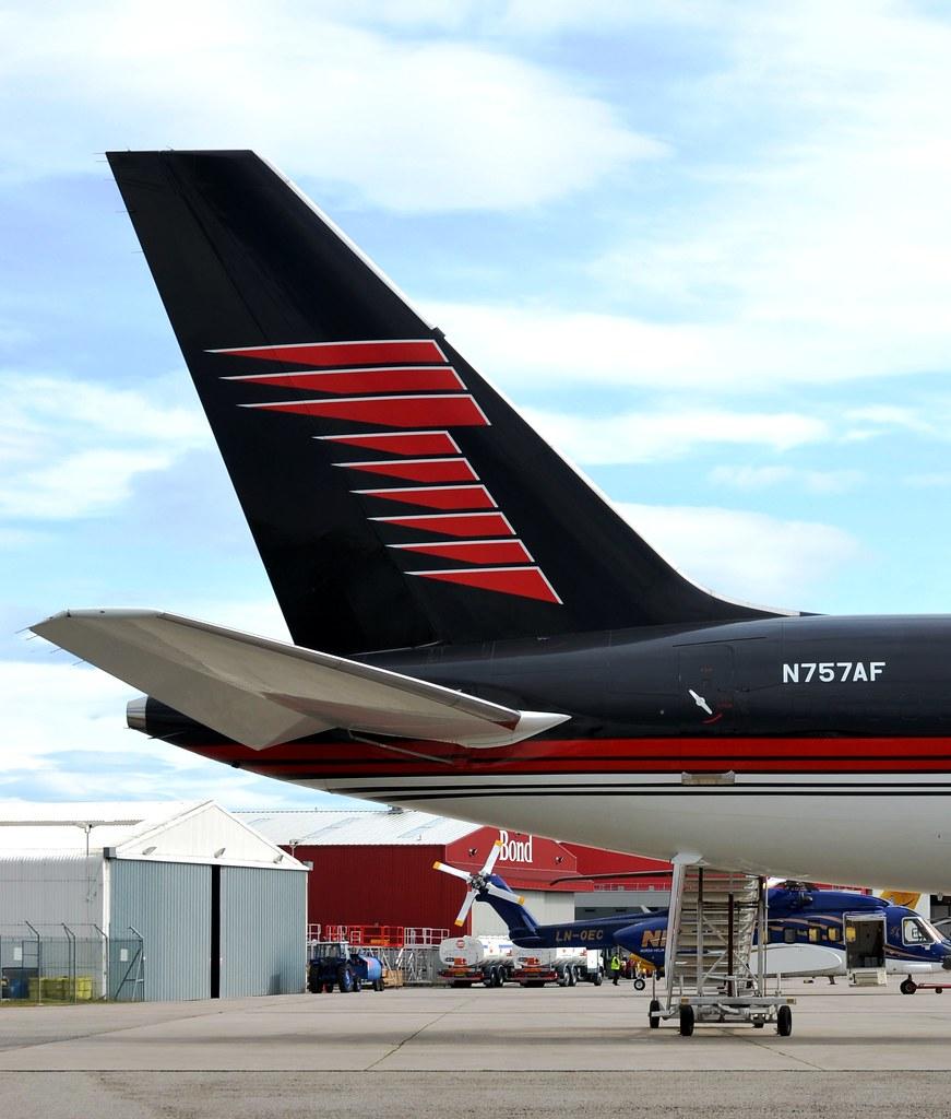 Trump Boeing 757-2J4 N757AF Tail | Mark McWalter | Flickr