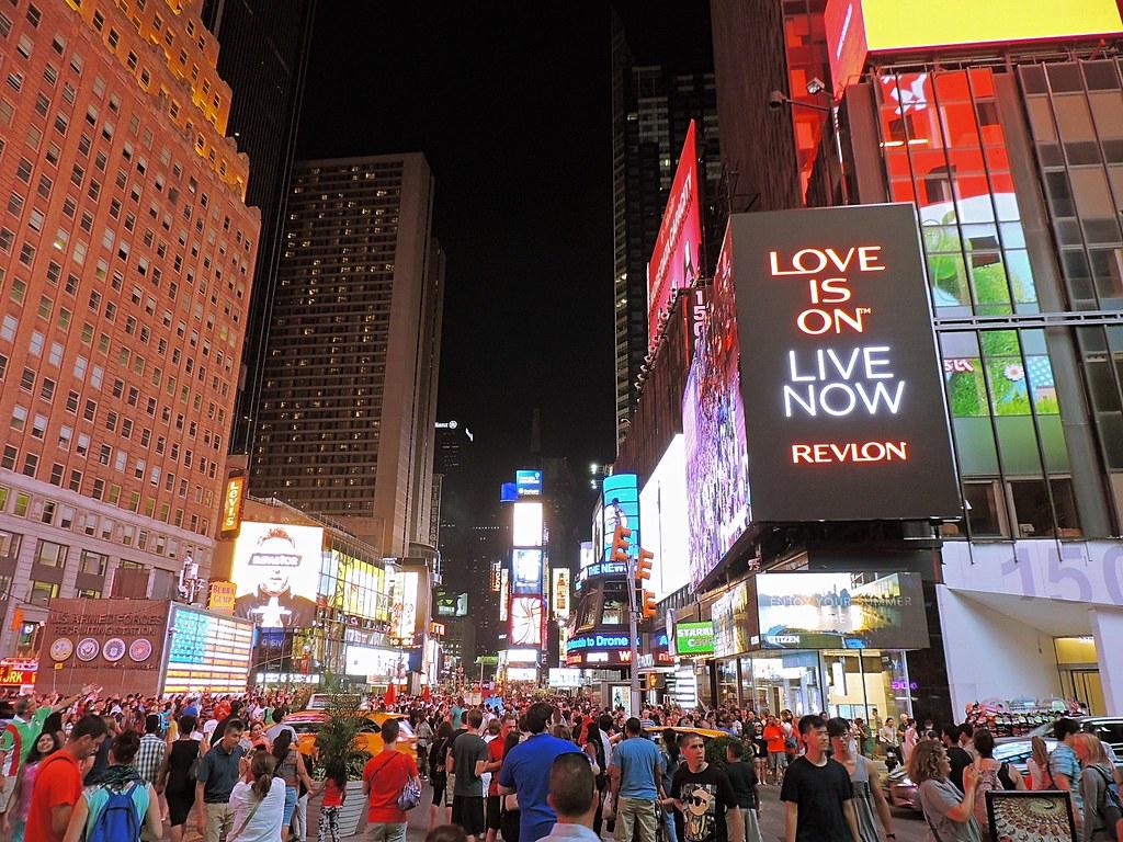Times Square à noite.