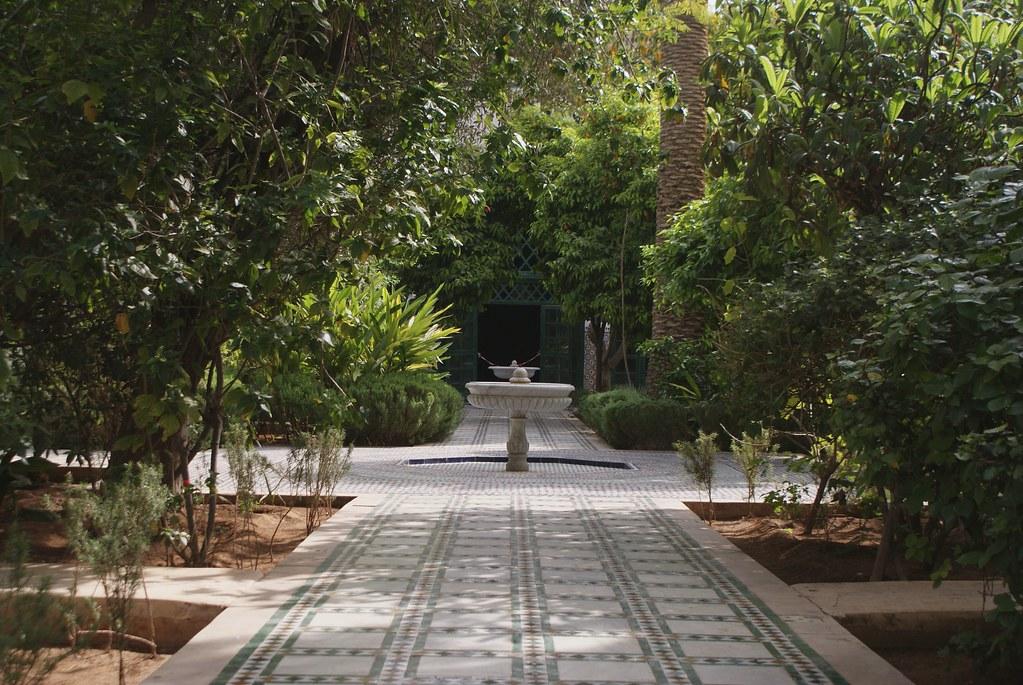 Le plus grand des deux jardins accessibles lors de la visite du palais Bahia à Marrakech.