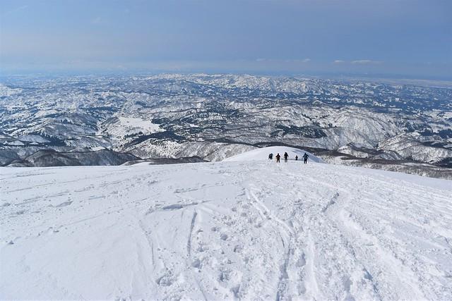守門岳 雪の保久礼コース