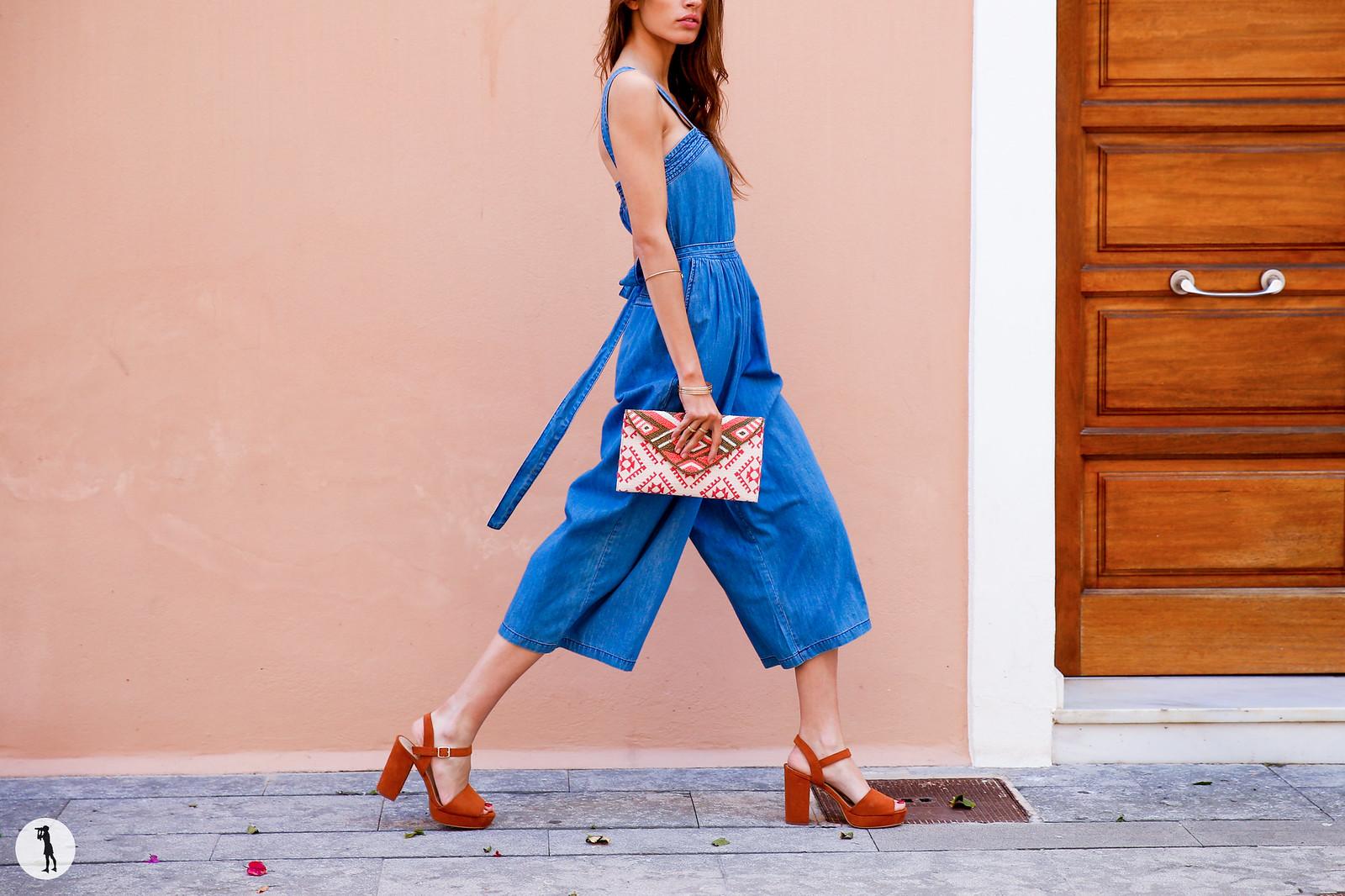 Photo Shooting ETAM, Ibiza. Street Style prêt-à-porter printemps été sur modèle.